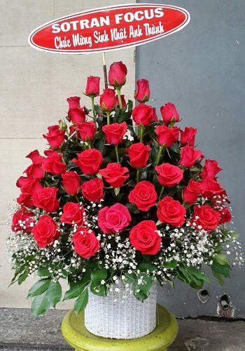 Giỏ hoa sinh nhật rực rỡ