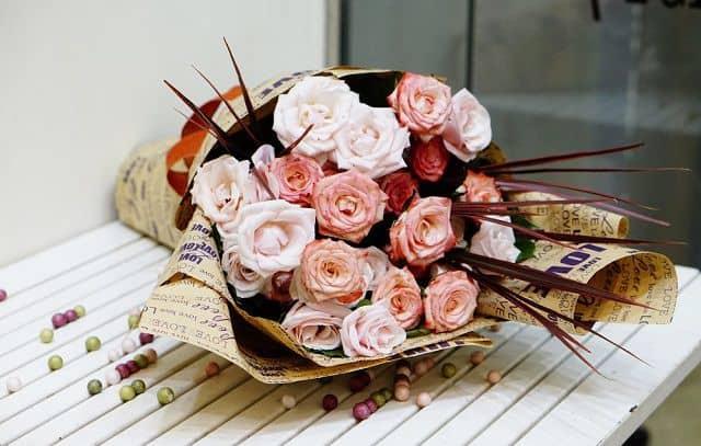 bo hoa hong giay bao dep