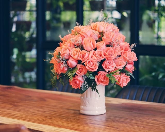 giỏ hoa hồng đẹp nhất thế giới hồng cam