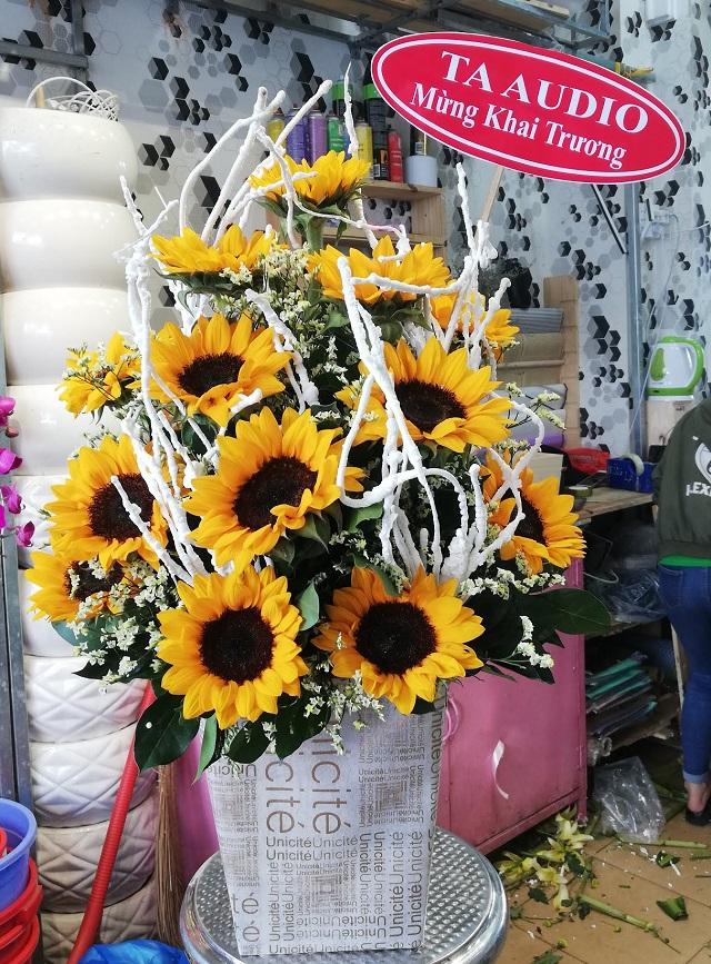 Cửa hàng hoa tươi quận 2