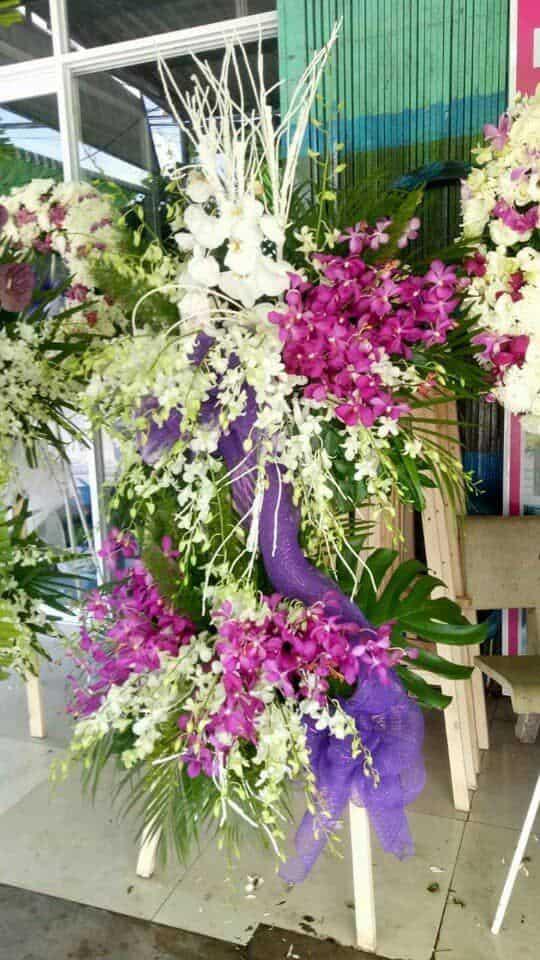 Shop hoa ngai giao chau duc