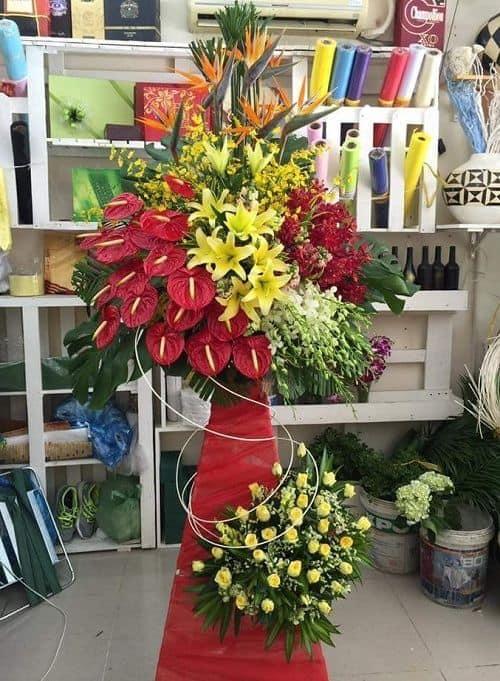 Hoa tuoi Buon Ho