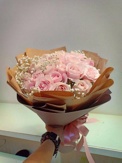 Hoa tuoi quan 1