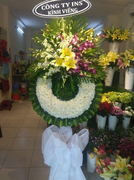 Hoa dam tang chia buon o duc hoa