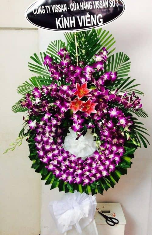 Giá lẵng hoa tang lễ