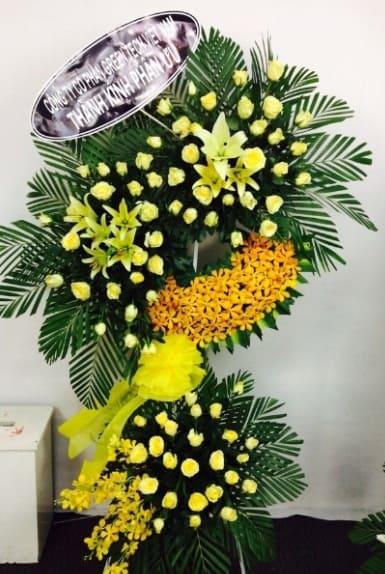 Hoa tang lễ màu vàng