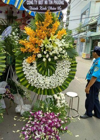 Vòng hoa tang lễ Hà Nội