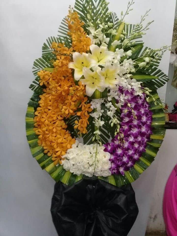 Hoa tang le Nguyen Trai Quan 1