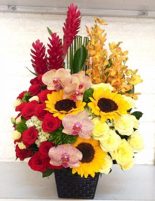 Giỏ hoa sinh nhật cao cấp H252