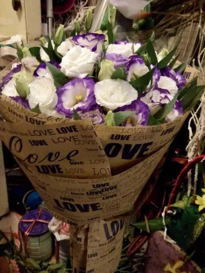 Cua hang hoa tuoi lien chieu