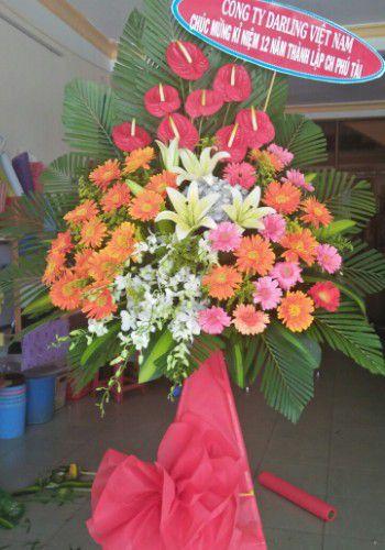 Shop hoa tuoi quan long bien