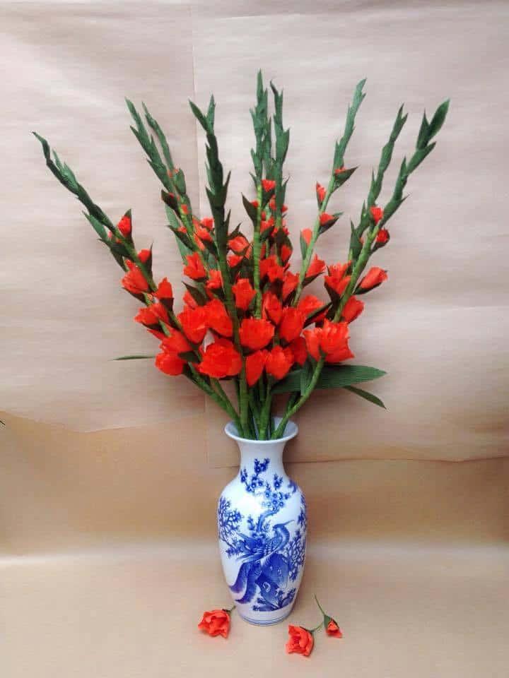 cam hoa lay on trong binh su