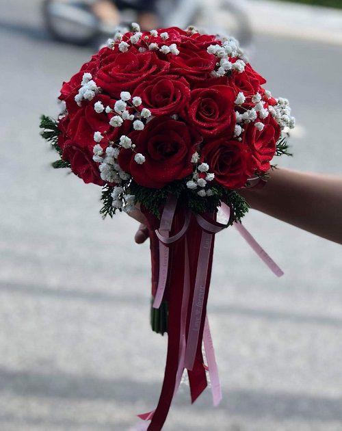 Bo hoa cuoi hong do