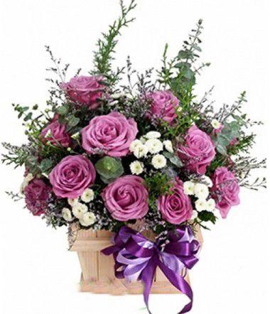 hoa giỏ hồng tím